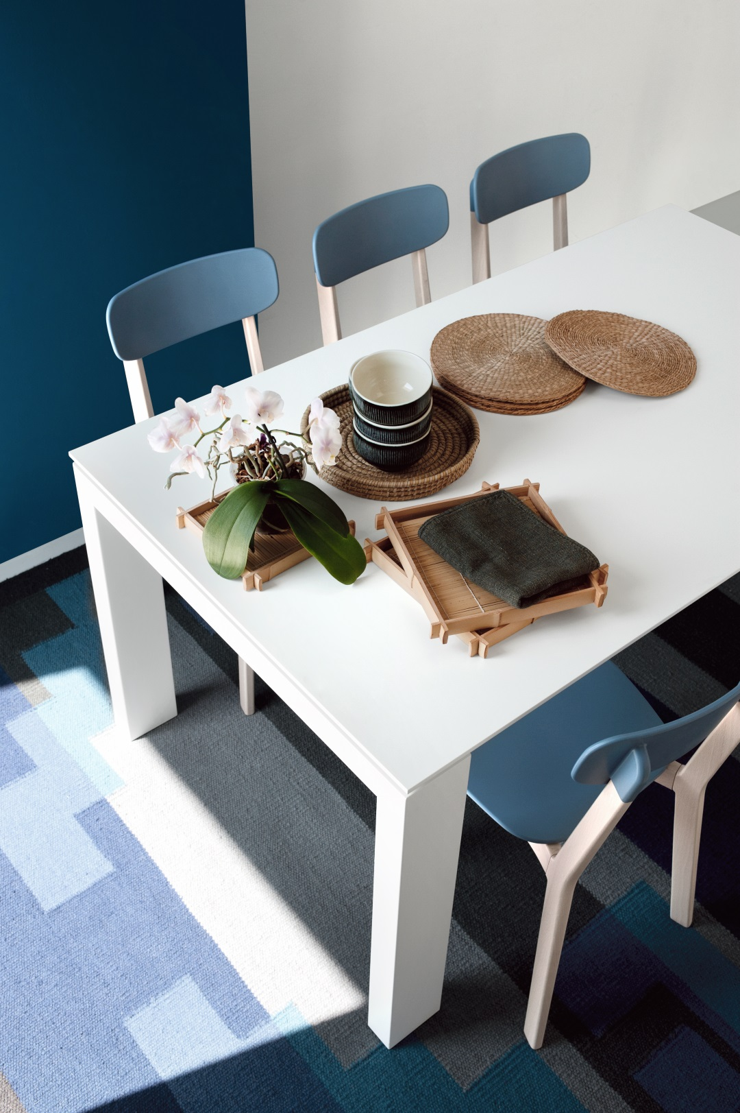 calligaris calligaris meubles horeca astranova. Black Bedroom Furniture Sets. Home Design Ideas